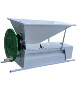 Zdrobitor manual de struguri cu desciorchinator  1200 kg/h